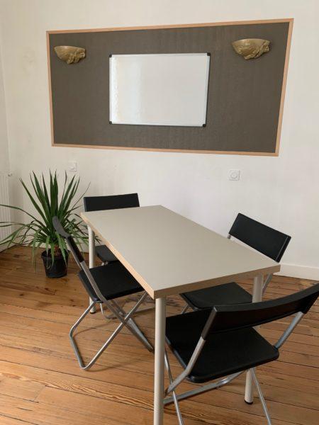 Bureau privé pour exercer son activité - Salle progrès de Bordeaux